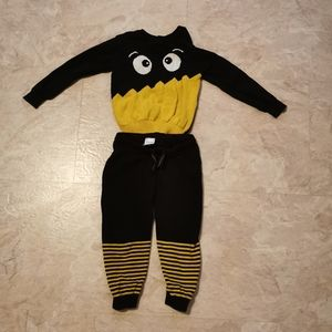 cotton sweater and pants. 12-18 M